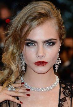 Cannes Model Treat: Cara Delevingne love her makeup