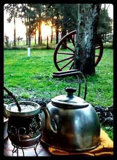 Yerba Mate, Rio Grande Do Sul, Cafe No Bule, Love Mate, Country Life, Kettle, Outdoor, Beautiful Landscapes, Country Entryway