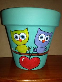 Flower Pot Art, Flower Pot Design, Clay Flower Pots, Flower Pot Crafts, Vase Crafts, Clay Pot Crafts, Clay Pots, Painted Plant Pots, Painted Flower Pots