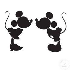 Mickey and Minnie Kissing Silhouette Decal van NerdVinyl op Etsy, $5.00