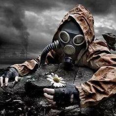 Apocalypse Now 2016 Reading Challenge Apocalypse Tattoo, Apocalypse Art, Gas Mask Art, Masks Art, Dark Photography, Creative Photography, Mad Max, Tattoo Mascara, Skull Art