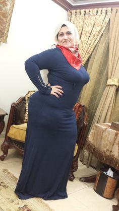Beautiful Women Over 40, Beautiful Muslim Women, Beautiful Hijab, Arab Girls Hijab, Girl Hijab, Muslim Girls, Belle Nana, Arabian Beauty Women, Indian Girl Bikini