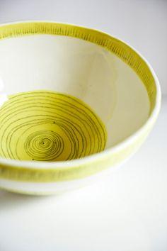 large ceramic bowl. serving dish. salad bowl. mixing bowl. white, yellow. handmade Irish ceramics and pottery. modern tableware.