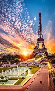 Amazing Beautiful Eiffel Tower Beauty In Paris France Paris Photography, Amazing Photography, Landscape Photography, Nature Photography, Eiffel Tower Photography, Paris Torre Eiffel, Paris Eiffel Tower, Beautiful Paris, Beautiful World