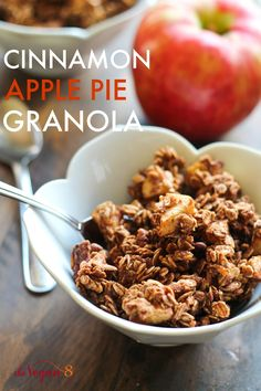 Granola that tastes just like a freshly baked CInnamon Apple Pie! Only 8 ingredients! Vegan, gluten-free and oil-free! By Granola that tastes just like a freshly baked CInnamon Apple Pie! Only 8 ingredients! Vegan, gluten-free and oil-free! Vegan Dessert Recipes, Dairy Free Recipes, Whole Food Recipes, Low Carb Vegan Breakfast, Breakfast Recipes, Vegetarian Breakfast, Breakfast Time, Breakfast Ideas, Healthy Snacks