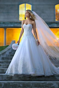 Wedding Dresses by Stella York – Ami you'd look incredible in this Melissa Squires dominic Street Pariseault