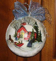 Oggetti di dècoupage Painted Christmas Ornaments, Hand Painted Ornaments, Diy Christmas Ornaments, Christmas Decorations, Winter Scene Paintings, Christmas Paintings, Christmas Rock, Christmas Time, Navidad Diy