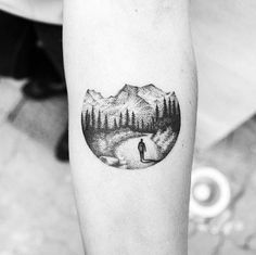 Minimalist Tattoo looks amazing whether etched on the arm or wrist. Here is everything about minimal tattoos and minimalist tattoo ideas and designs. Nature Tattoos, Body Art Tattoos, Tattoo Drawings, New Tattoos, Small Tattoos, Tattoos For Guys, Sleeve Tattoos, Cool Tattoos, Tattoo Ink