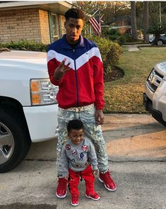 nba youngboy and draco his son wallpaper Teen Boy Fashion, Little Boy Fashion, Guy Fashion, Winter Fashion, Fashion Trends, Swag Outfits, Boy Outfits, Best Rapper Alive, Daddy And Son