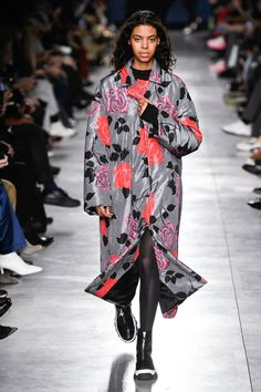Here Are Some Fall 2019 Fashion Trends to Take Note of From the Fashion Month