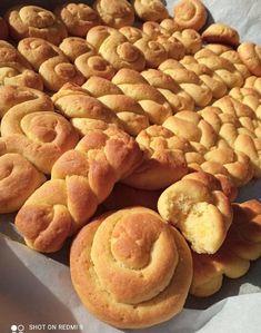 """Η Συνταγή είναι από Tzeni Tsanaktsidou – """"ΑΓΑΠΑΜΕ ΜΑΓΕΙΡΙΚΗ!!!!! ΑΓΑΠΑΜΕ ΖΑΧΑΡΟΠΛΑΣΤΙΚΗ!!!!!!"""". Υλικά: 1 ποτήρι καλαμποκελαιο,1ποτηρι ζάχαρη,1 ποτήρι χυμό φρέσκων πορτοκαλιών,1 φακ.μπεικιν,2 κ.γ.ξυσμα πορτοκαλιού,900 γρ αλεύρι για όλες τις χρήσεις Εκτέλεση: Βάζουμε το λάδι την ζάχαρη Apple Pie, Sausage, Potatoes, Cookies, Chocolate, Meat, Vegetables, Food, Espresso"""