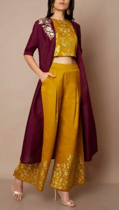 Indian Dresses For Women, Party Wear Indian Dresses, Designer Party Wear Dresses, Stylish Dresses For Girls, Indian Gowns Dresses, Stylish Dress Designs, Indian Fashion Dresses, Dress Indian Style, Designs For Dresses