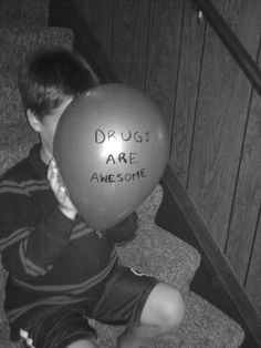cocaine drugs weed marijuana ganja lsd pot shrooms acid bud pills coke mushrooms high life magic mushrooms heroin uppers Yayo stay high do drugs downers drugs are awesome Bad Girl Aesthetic, Aesthetic Grunge, Haha Funny, Funny Memes, My Academia, Fille Gangsta, Puff And Pass, Grunge Photography, Mood Pics