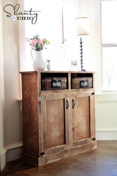 Shanty Open Shelf Console ~    This little console could work in any room of the home and it stores so much!      How To @:  http://ana-white.com/2013/03/plans/shanty-open-shelf-console?utm_source=feedburner_medium=email_campaign=Feed%3A+ana-white+%28Ana+White%29