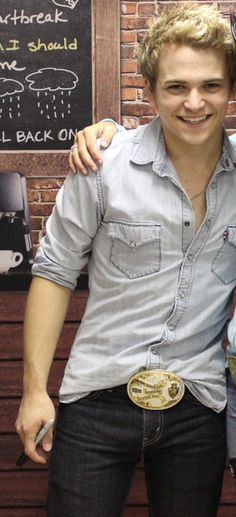 Hunter, you need to wear that belt more often! Sincerely, Hayniacs✌️ DUDE... THATS ATTRACTIVE ☺️☺️☺️