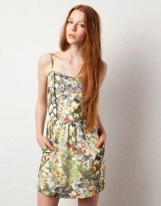 Adore the watercolor hues.     Dress by Pull & Bear