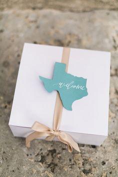 Texas wedding welcome boxes | Elisabeth Carol