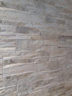 Sichenia Pavè Wall Dolmen