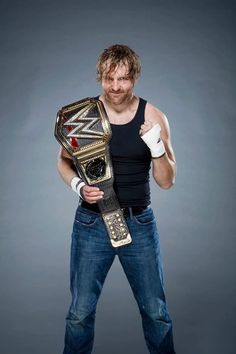 Now THAT looks champion like!!! #DeanAmbrose #WWE Daily Ambrollins (@DailyAmbrollins) | Twitter