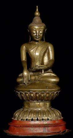 Antieke Birmese Shan Boeddha uit Birma, Bhumisparsha Mudra, Shan (Tai Yai) stijl, gemaakt van brons, Antieke Boeddhabeelden