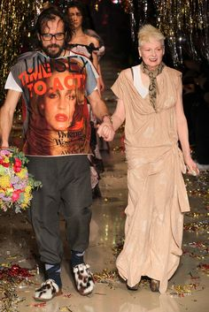 Vivienne Westwood and Andreas Kronthaler - Vivienne Westwood Fall 2015 Ready-to-Wear - Look 52 of 52 via style.com