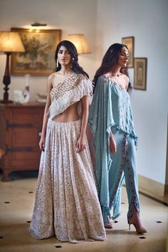Dress like a real life princess with MonikaNidhii's collection Shop the collection now! #monikanidhii #lookbook #floral #embroidered #indiandesigners #dreamy #collection #shopnow #perniaspopupshop #happyshopping