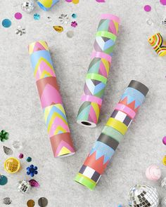 Make Your Own Kaleidoscope (Handmade Charlotte) Adult Crafts, Crafts For Teens, Crafts To Sell, Diy For Kids, Diy And Crafts, Crafts For Kids, Arts And Crafts, Diy Kaleidoscope, Craft Tutorials
