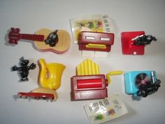 KINDER-SURPRISE-SET-FUNNY-MUSIC-NOTES-INSTRUMENTS-FIGURES-TOYS-COLLECTIBLES