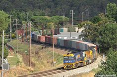 Australia - S-freighter approaching Farmers Creek viaduct. 059758 12 Jan 2013