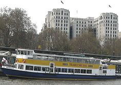 River Thames cruises: London sightseeing boat trips