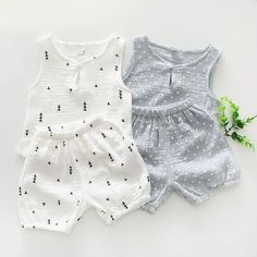 Cotton Baby Summer Clothing Sets Star Tree Print Clothing Sets 2017 Boys Girls Tank tops and Shorts 2 pcs Suits #babytanktopsboy #babyboyshorts