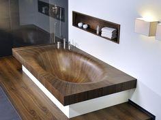Искажающая время деревянная ванна из Италии