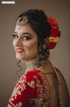 30 Real Brides Share Their Beauty Secret With Us! Bridal Makeup Looks, Bridal Hair And Makeup, Bride Makeup, Bridal Looks, Indian Wedding Bride, Indian Bridal, Beauty Secrets, Beauty Hacks, Romantic Couple Images