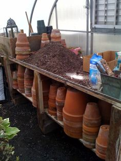 A WORKING potting bench.