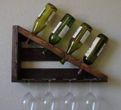 17 Outstanding DIY wine rack designs that are easy to finish .- 17 Herausragende DIY-Weinregal-Designs, die leicht zu fertigen sind 17 Outstanding DIY wine rack designs that are easy to manufacture - Wine Bottle Holders, Glass Holders, Wood Projects, Woodworking Projects, Office Deco, Wine Rack Design, Wood Wine Racks, Pallet Wine Racks, Diy Wine Racks