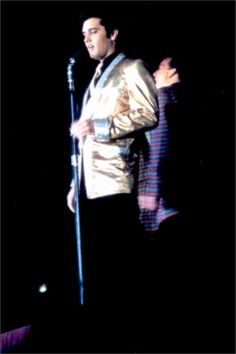 Elvis in concert at the Pan Pacific auditorium october 1957