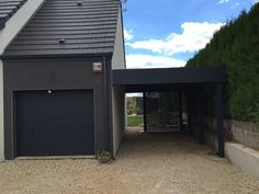Carport Aus Aluminium, Aluminum Carport, Barn Garage, Garage Doors, Carport Modern, Carports, Front Entry, House Plans, Shed