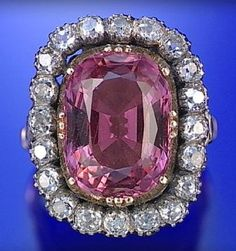 TOPAZ AND DIAMOND RING, LATE 19TH CENTURY