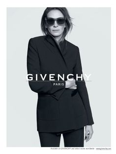 Givenchy ad - Julia Roberst