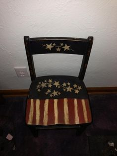 Paint the old porch chairs Americana style