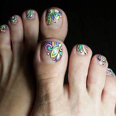 new Ideas gel pedicure toes toenails flower Pretty Toe Nails, Cute Toe Nails, Love Nails, Pretty Toes, Pedicure Nail Art, Toe Nail Art, Manicure And Pedicure, Toe Nail Designs, Nail Polish Designs