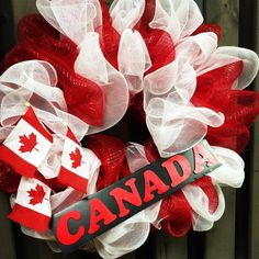 #canada150 wreath for your garden fence. Classes feb 27 & 28. Call 519-291-3267 to register! #canadaproud #diywreath #petalessence #fletcherslandscaping #listowel