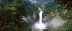Discover the most beautiful falls in Ecuador San Rafael and Rio Malo Waterfall passing by Baeza, Ecuador. Ecuador, Yellowstone National Park, National Parks, San Rafael, Voyager Loin, Les Cascades, Vivid Imagery, Tropical Forest, Amazon Rainforest