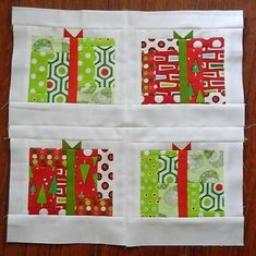 Give the gift of a great quilt to someone special this Christmas with the All About the Presents Block. Festive Christmas quilt patterns and fat quarter quilt patterns become fun little scrappy quit block patterns. Quilting Tutorials, Quilting Projects, Quilting Designs, Quilting Ideas, Quilt Block Patterns, Pattern Blocks, Quilt Blocks, Christmas Patchwork, Christmas Quilt Patterns