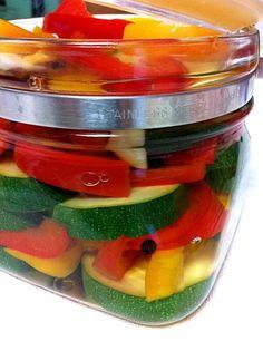 作り置きしてお弁当の彩りに☆ - 12件のもぐもぐ - 余り野菜のピクルス by miyacoa