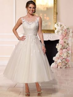Stella York Wedding Dresses - Search our photo gallery for pictures of wedding dresses by Stella York. Find the perfect dress with recent Stella York photos. Wedding Dresses Under 100, Cheap Wedding Dress, Wedding Dress Styles, Bridal Dresses, Prom Dresses, Tulle Wedding Gown, Tea Length Wedding Dress, Tea Length Dresses, Tea Dresses