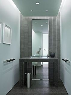 Modern powder room pictures your comment small design ideas Modern Powder Rooms, Modern Room, Modern Bathroom, Small Bathroom, Design Bathroom, Bath Design, Bathroom Ideas, Bad Inspiration, Bathroom Inspiration