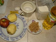 Zázračný jablkový koláč z mikrovlnky - obrázok 1 Ale, Eggs, Chicken, Breakfast, Food, Basket, Morning Coffee, Ale Beer, Essen