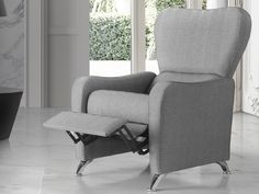 Fauteuil relax. Mod. ARLES Wingback Chair, Armchair, Accent Chairs, Furniture, Home Decor, Couches, Solid Wood, Sofa Chair, Upholstered Chairs