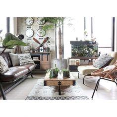yupinokoさんの、Overview,アンティーク,DIY,オリジナル家具,DIY家具,セルフリノベーション,男前インテリア,Rustic,ラタンチェア,a depeche,ブログ更新しました♡,ACME FURNITURE,インスタやってます♡,ヴィンテージスタイルについての部屋写真